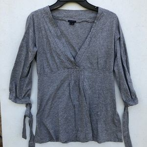 Theory Plunge Gray Top Tie Sleeves Size Small